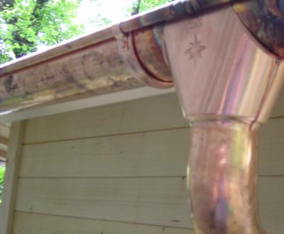 gartenhaus holz garagen kupfer dachrinne mit fallrohr 7 0 m lang. Black Bedroom Furniture Sets. Home Design Ideas